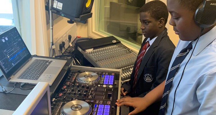 Chiswick's Ultimate DJ